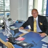 Thorsten Michael Rau im Büro