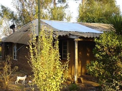 Zinkbleche zur Ausbesserung des Daches